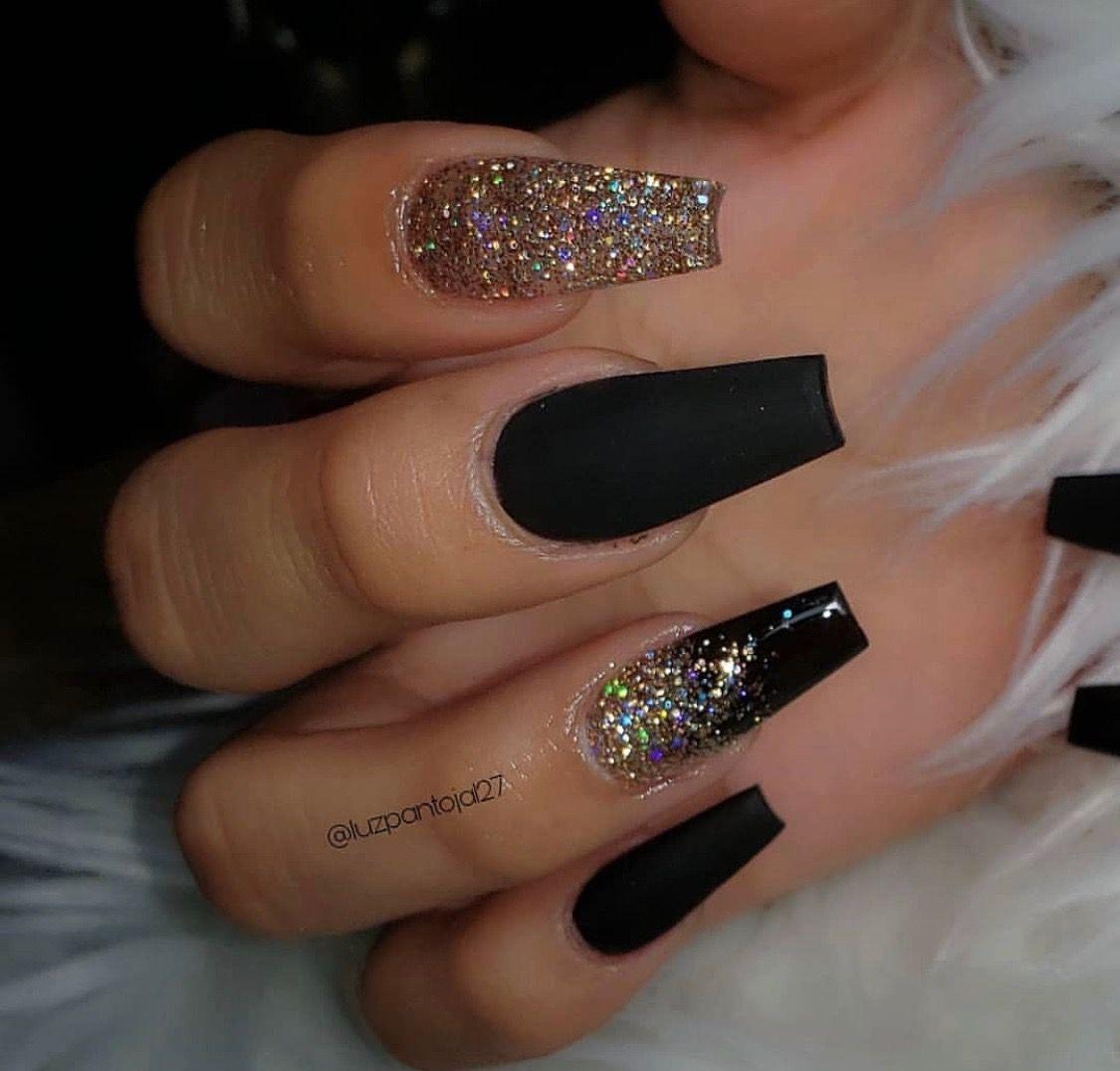 Pin By Teesa Thomas On Love My Nails Ombre Nails Glitter Ombre Nail Designs Black Acrylic Nails