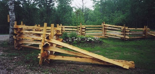 stacked fence - different | Outside | Cedar fence, Split