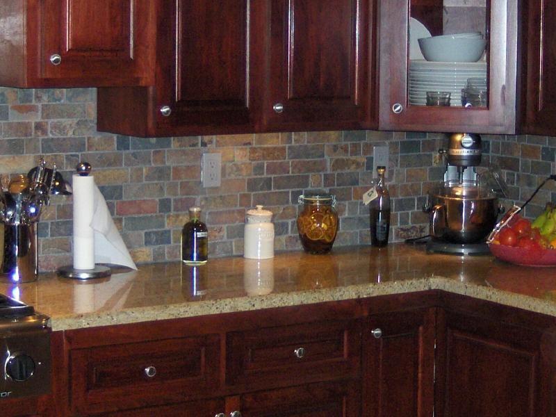 Cherry Wood Cabinets with Granite   Cherry wood with Medim Cherry ...