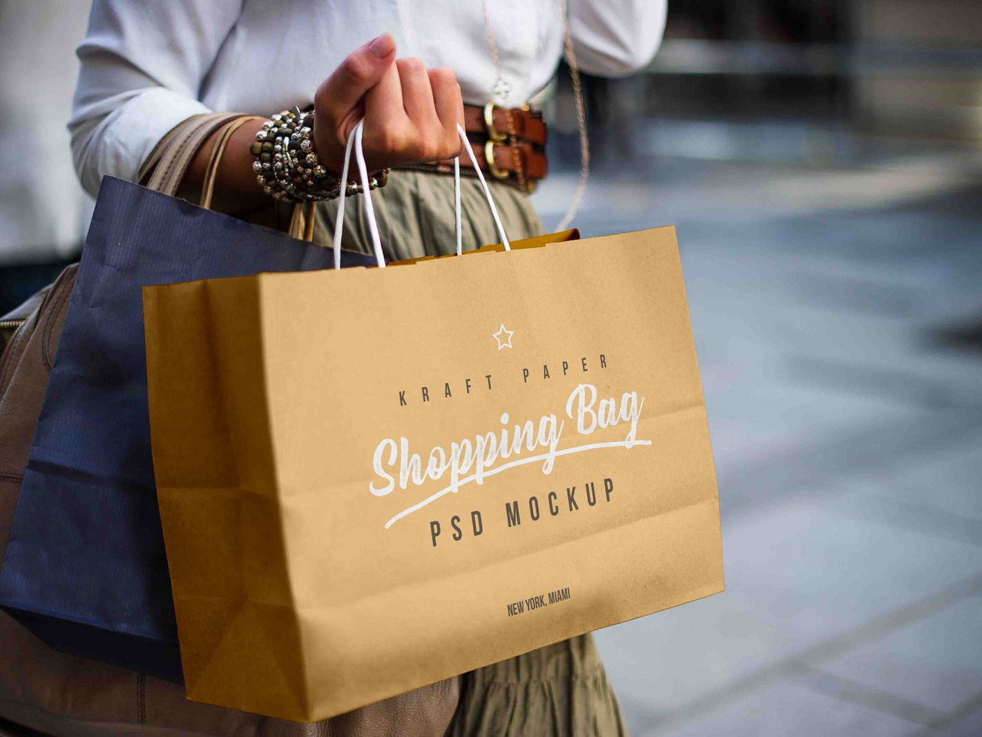 Download Free Female Holding Kraft Paper Shopping Bag Mockup Psd Bag Mockup Free Packaging Mockup Paper Shopping Bag