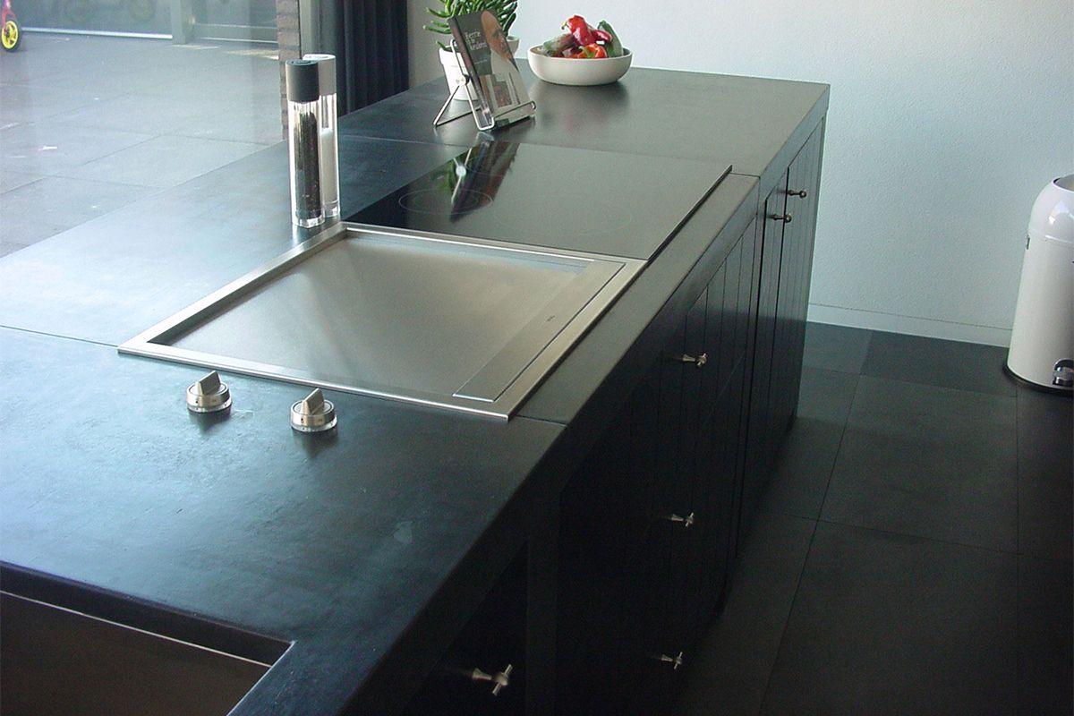 Zwart Betonvloer Keuken : Blad zwart beton werkbladen pinterest zwart keukens en wastafel