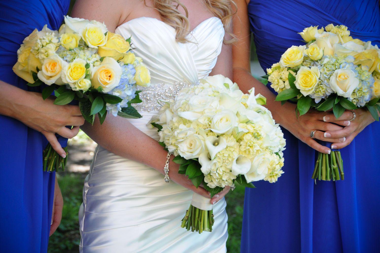 Bridal and bridesmaid wedding flower photos wedding