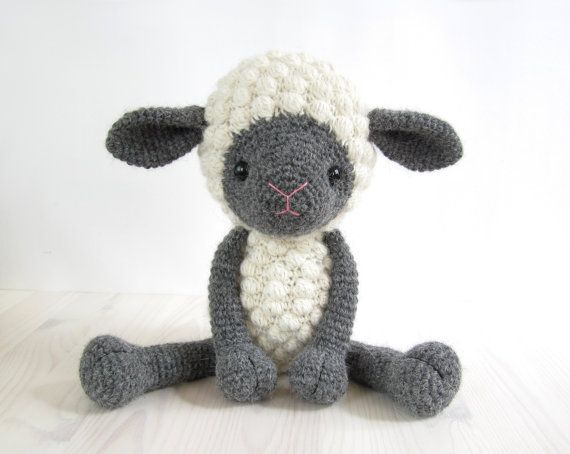 Amigurumi Sheep Crochet Tutorial | 454x570