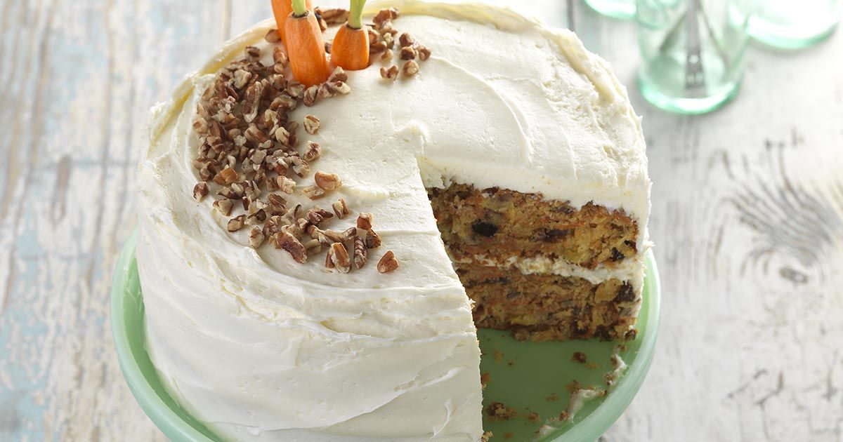 Glutenfree carrot cake with cream cheese frosting