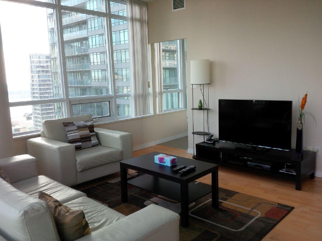 Toronto Downtown Spacious 2 Bedroom 2 Bathroom Condo Maple Leaf Square Medshousing Spacious Condo Home