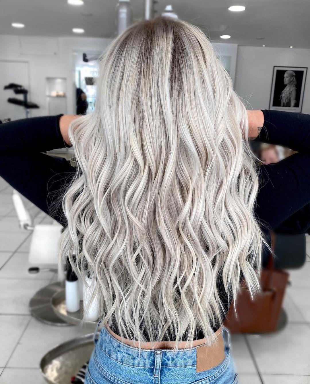 Blonde Balayage Expert On Instagram Sea Salt Blonde Now This Is Hair That Belongs At The Blonde Hair Shades Blonde Hair Color Ash Blonde Hair Colour