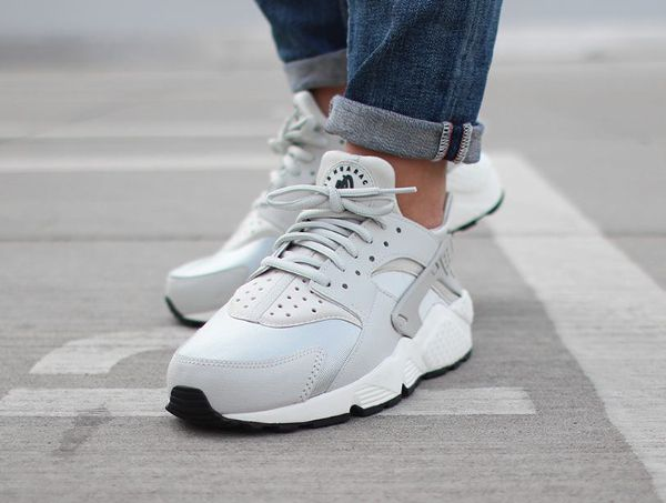 Nike Air Light Huarache Light Air Bone chaussures Pinterest Chaussure 3cc5e5