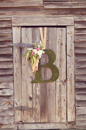 Barn Wedding Decor Exterior Barn Wedding Decorations Barn Wedding Moss Wedding