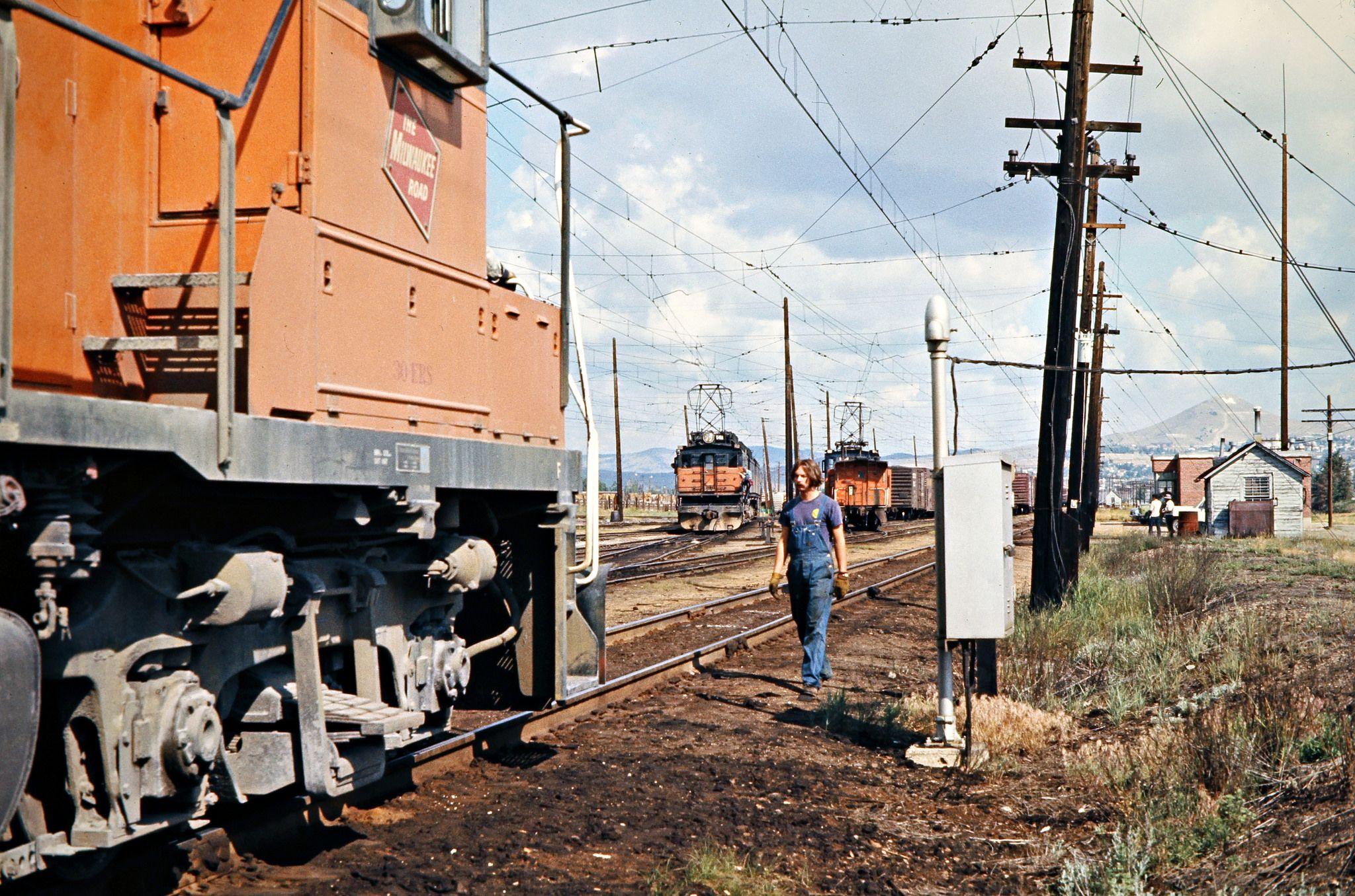 milw butte montana 1973 milwaukee road crewman at butte montana rh pinterest com