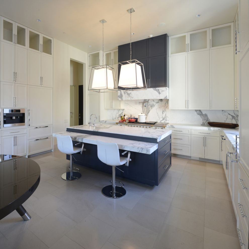 this refined contemporary kitchen was designed by susan newell rh pinterest de