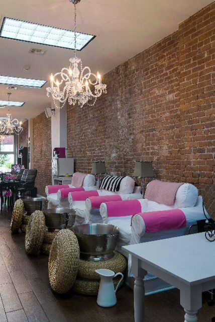 pedicure station love the chandelier home salon beaut rh pinterest com