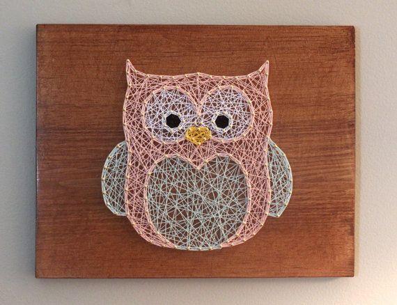 pingl par tracey puckett sur all strung up pinterest art tableau clou ficelle et art hibou. Black Bedroom Furniture Sets. Home Design Ideas