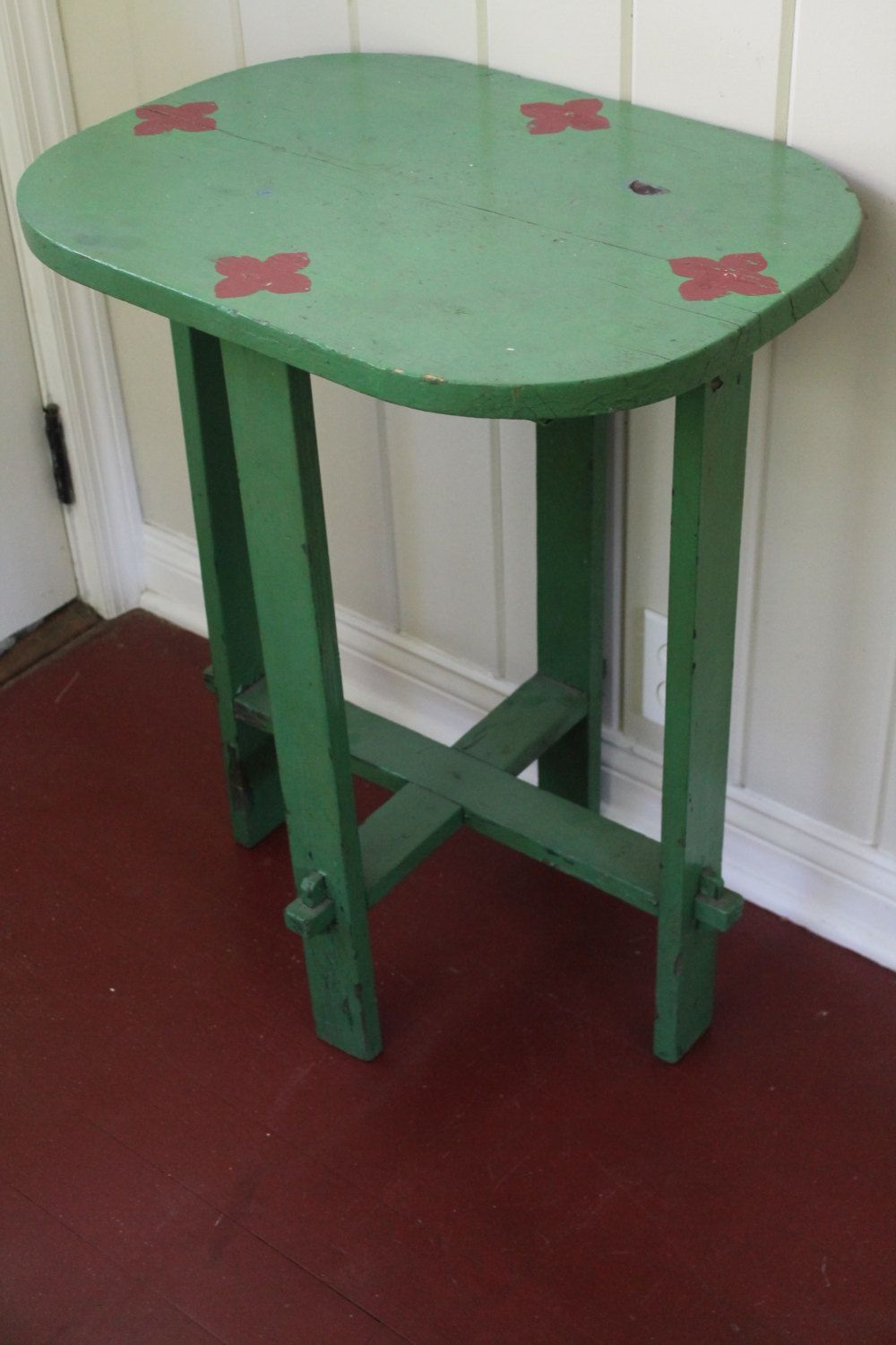 vintage entry table. Vintage Adorable Green Stenciled Folk Art Table // Side Entry By T