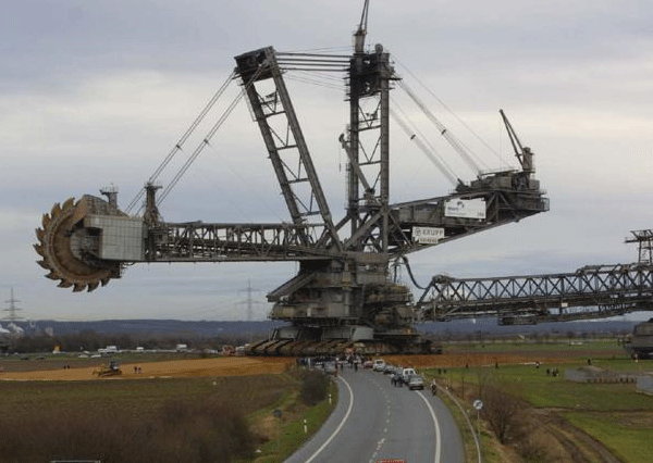 The Largest Bucket - Wheel Excavator