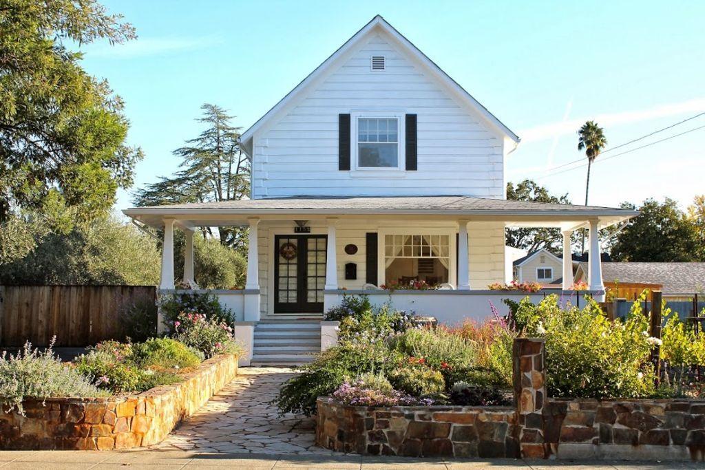 vrbo com 449405 renovated historic farm house with vineyard in rh pinterest co uk