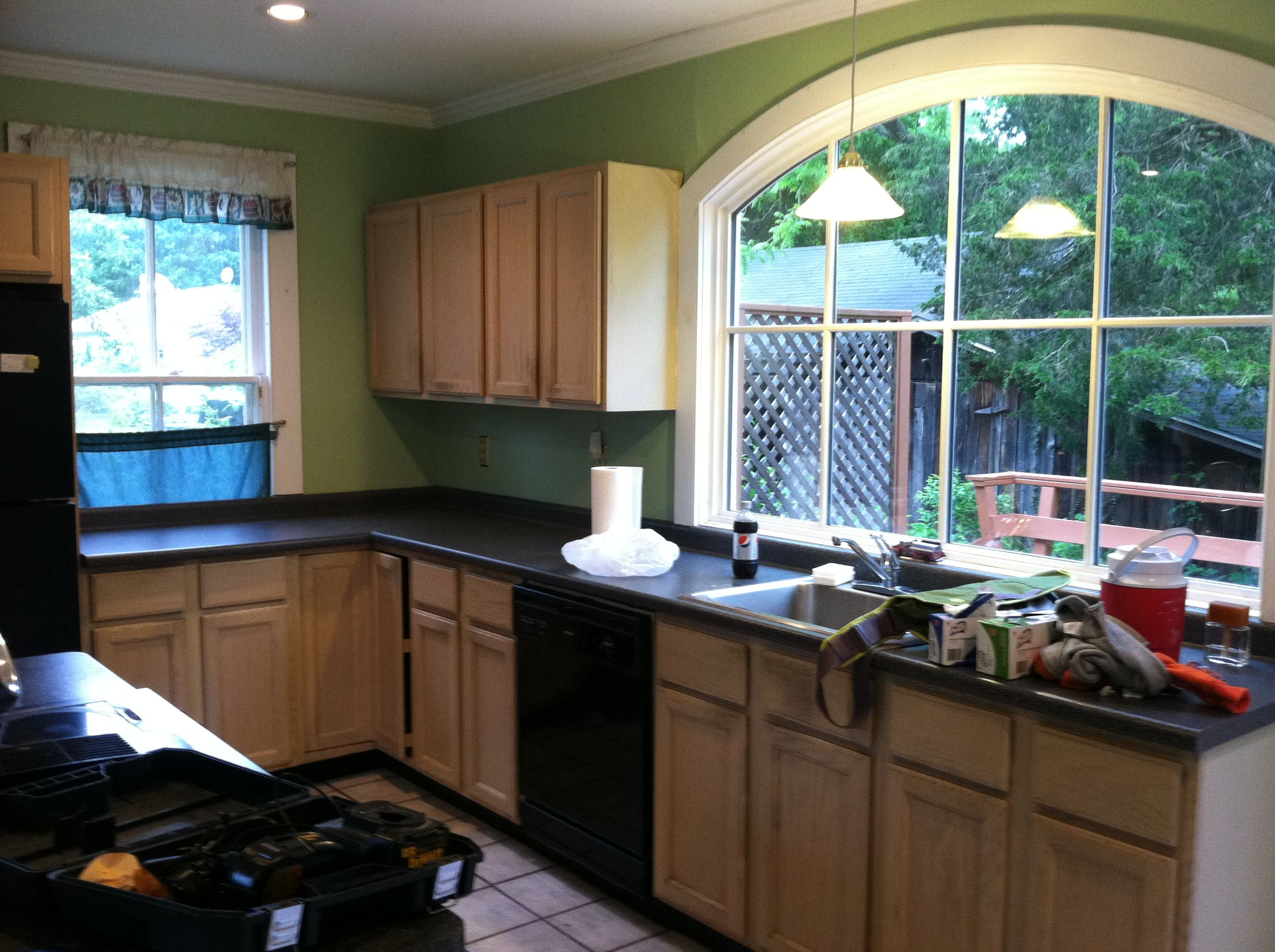 Arch Over Kitchen Sink Opening Google Search Home Kitchens Kitchen Kitchen Cabinets