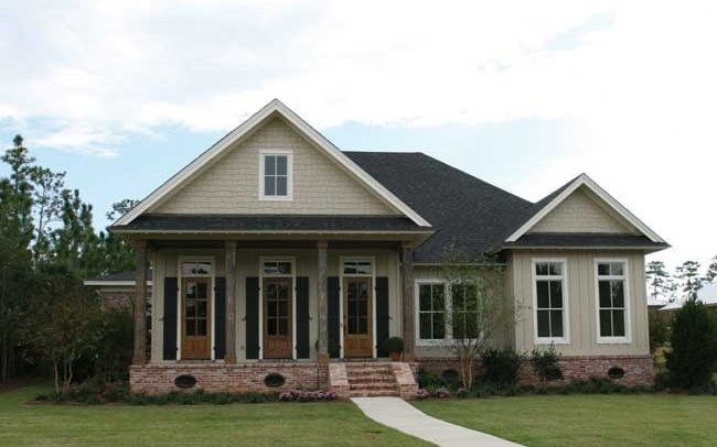 This louisiana style cottage was designed and built in for Louisiana house plans