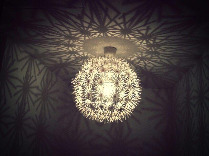 Le gros lampion de njüt. ...je l'adore...
