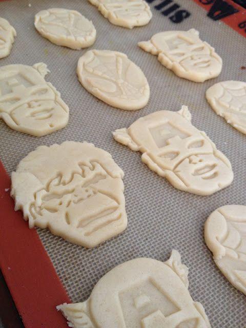 Superhero party ideas: Fun idea to create cookies using easy molds.