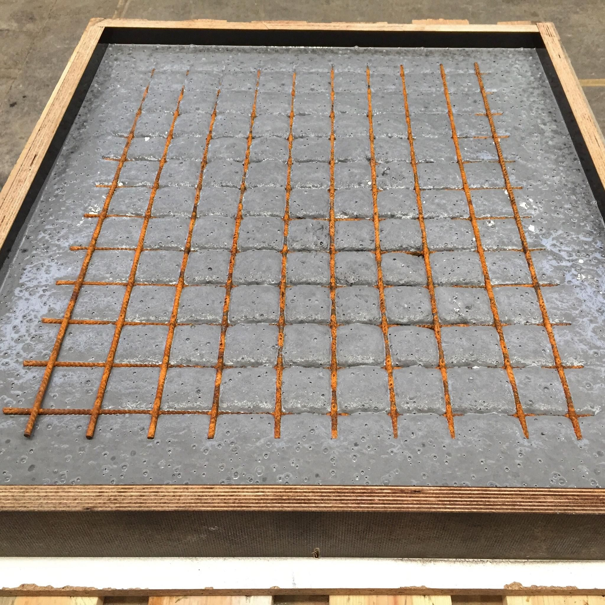 Beefer Tisch Aus Holz Und Beton Bigmeatlove Betontisch Garten Couchtisch Beton Gartentisch Selber Bauen