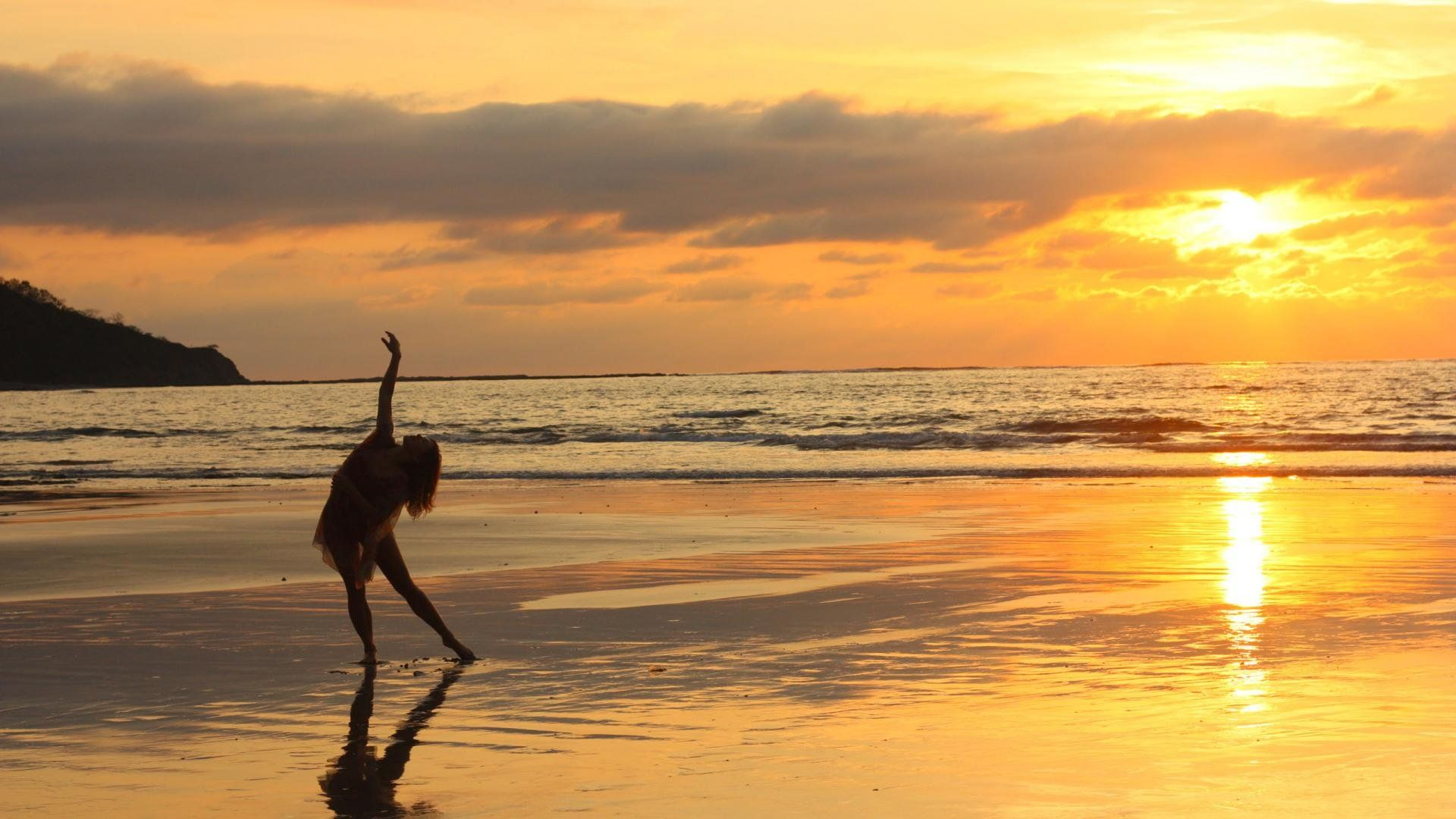 sunsets at the beach are unbeatable. here's a good reason why you