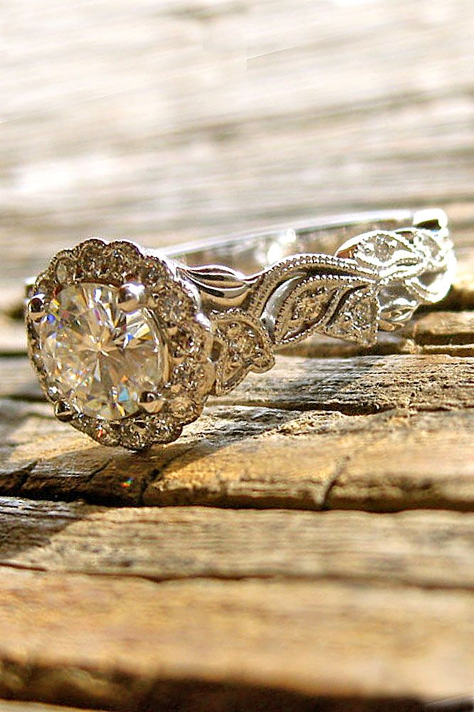 405c5154cb11 39 Vintage Engagement Rings With Stunning Details
