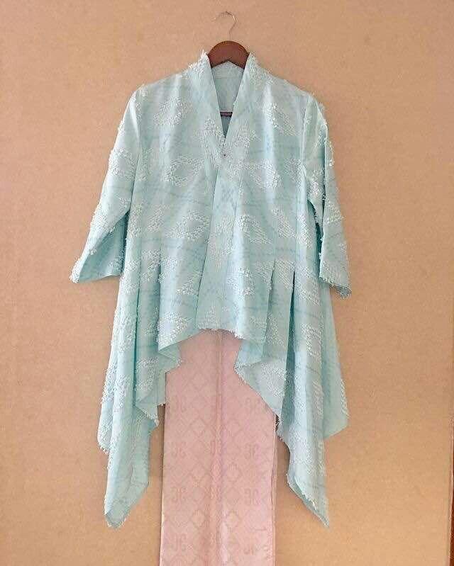Model Cardigan Batik Vest Tanpa Lengan Motif Kelengan Yang Elegan