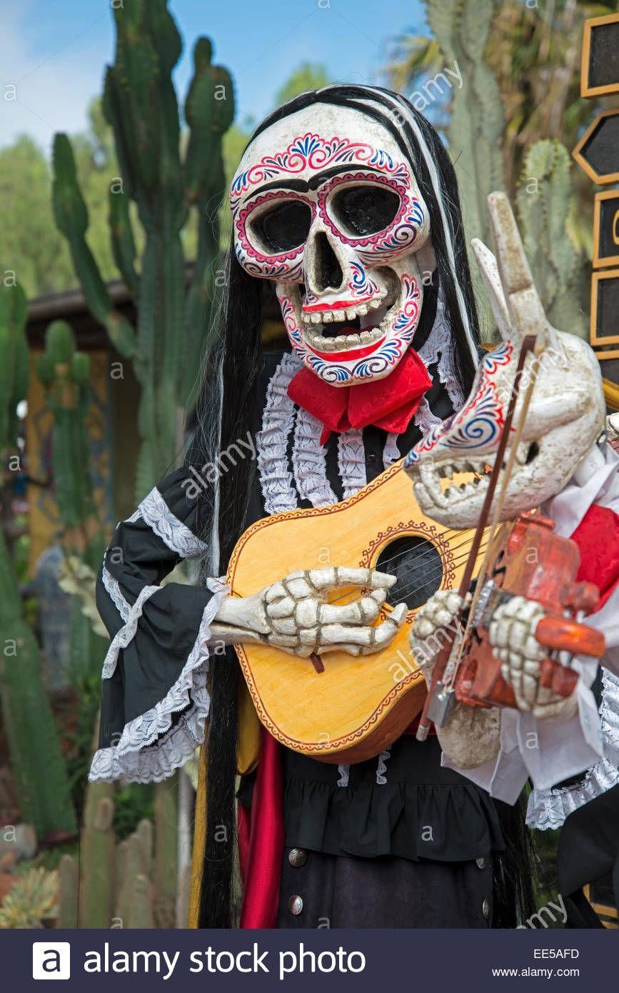 Skeleton Playing The Guitar Dia De Los Muertos Day The Dead