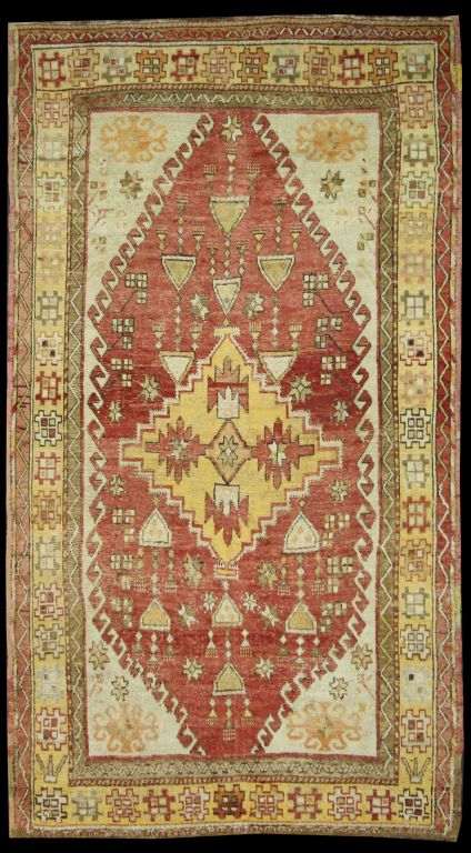 Antique Turkish Oushak Rug with Geometric Design, Gallery
