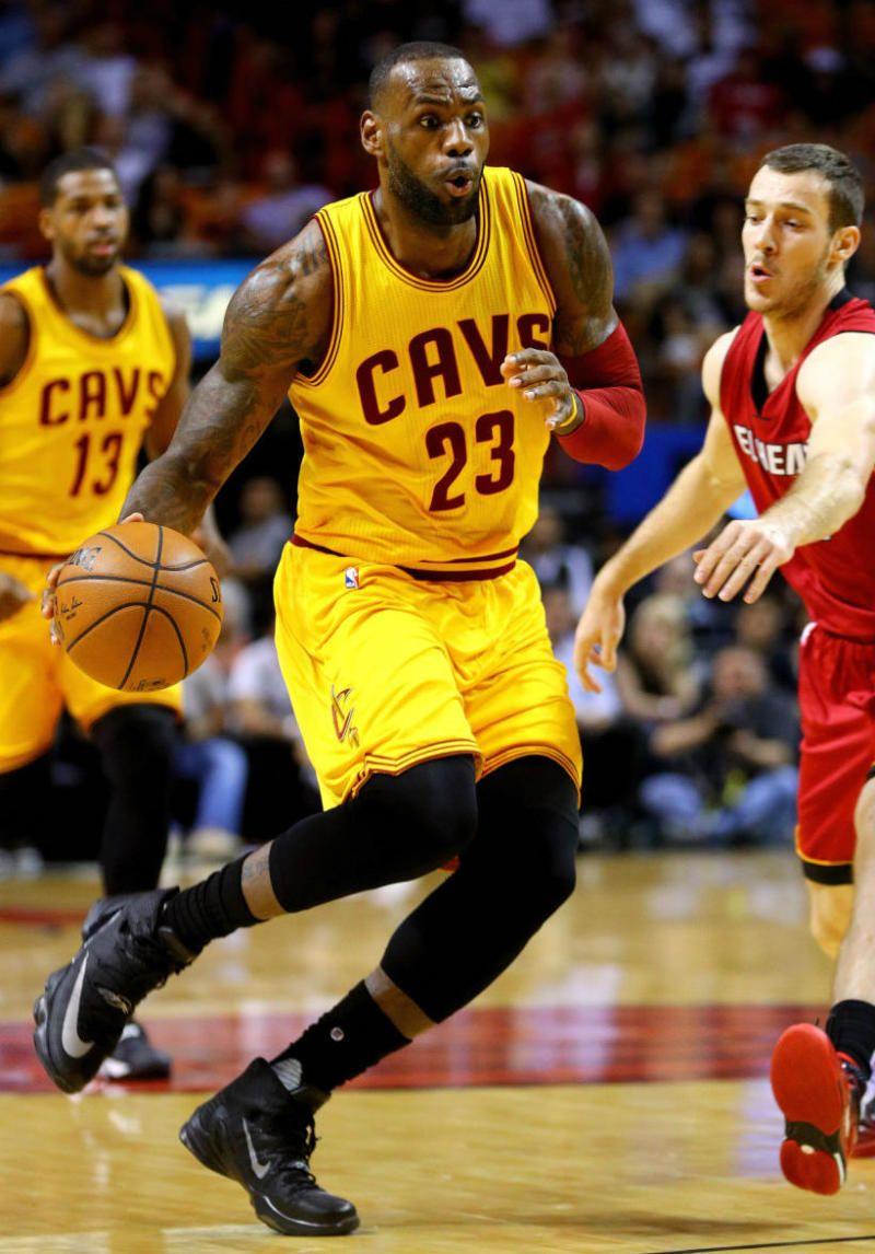 be4e21666b6 LeBron James Debuts the Nike LeBron 13 Elite (1)