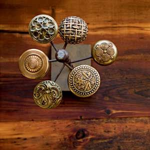 Genial Ooh, I Do Have Lots Of Old Door Knobs That Would Be Great For A