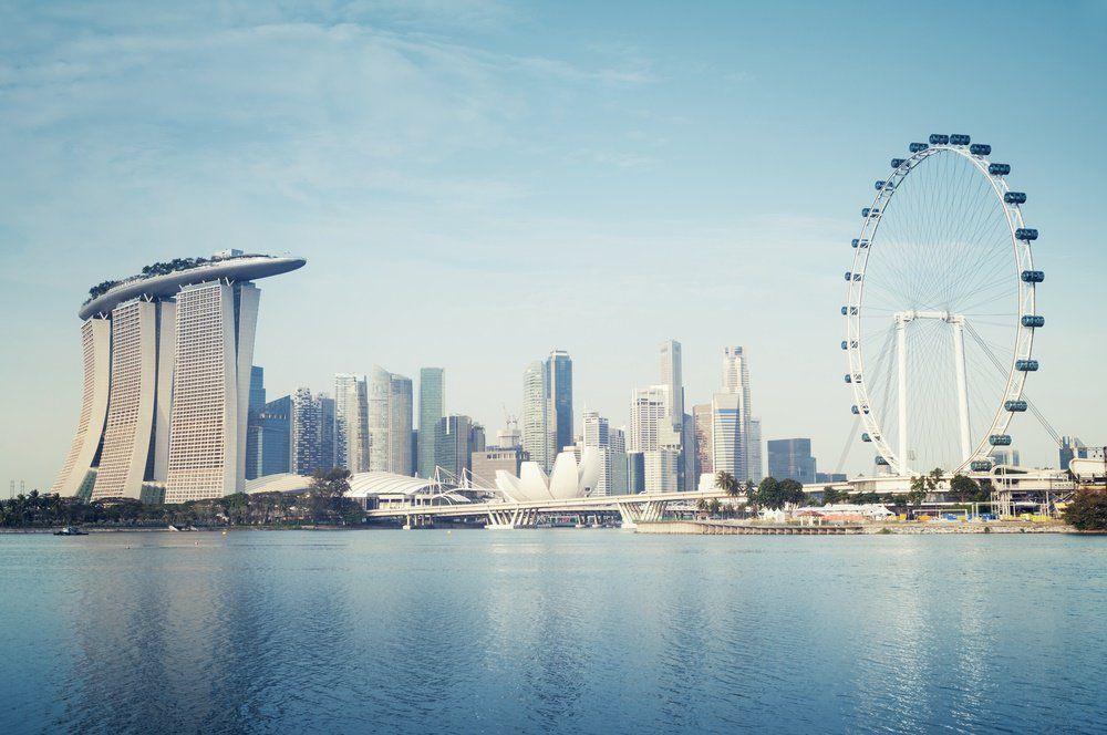 The Singapore banking establishment is keen to implement FinTech and blockchain innovations after the launch of its accelerator program, FinLab, earlier this month. On August 3, the Singaporean ban…