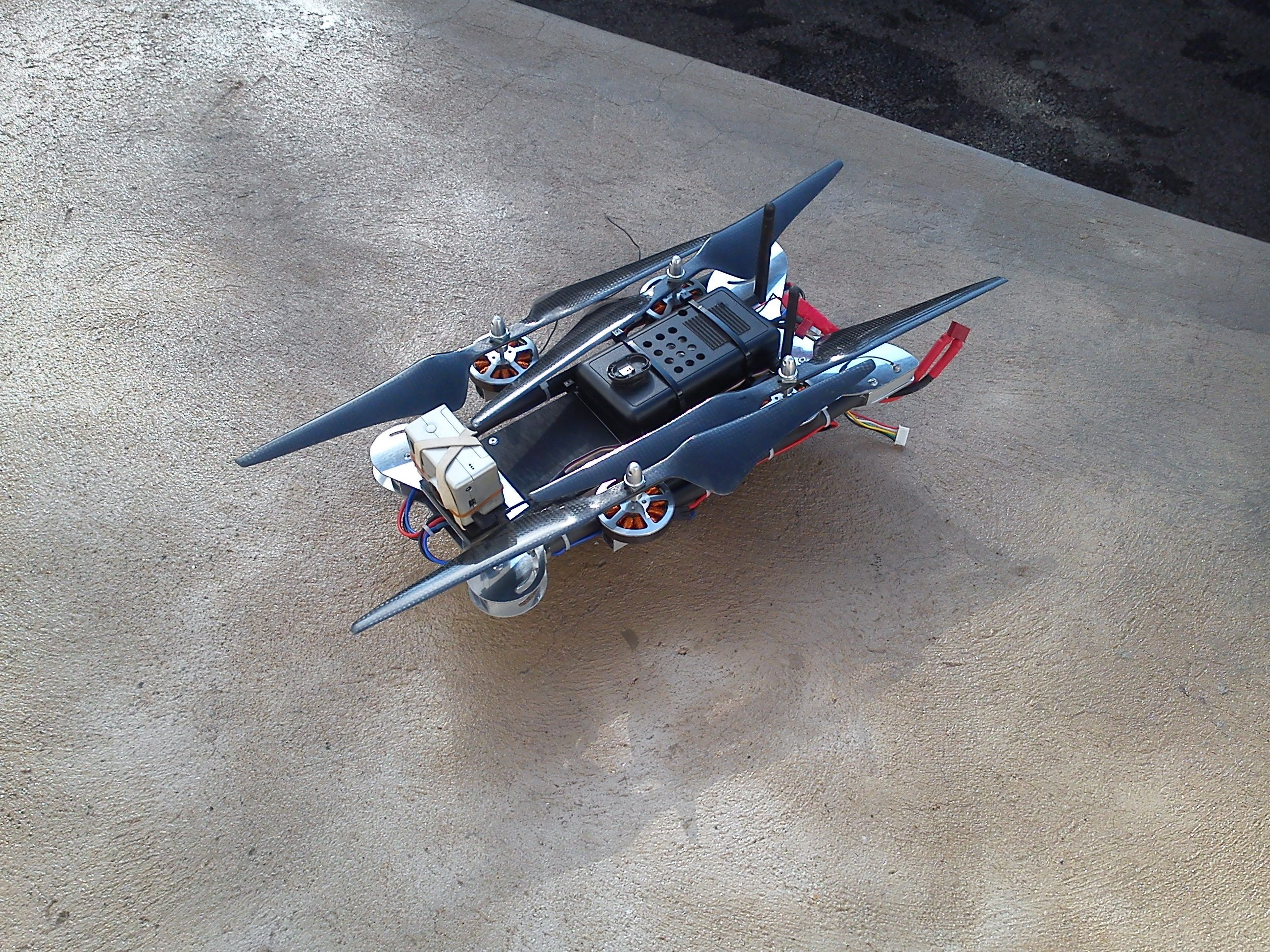 Folding quadcopter for the holidays diy drones rc flying folding quadcopter for the holidays diy drones solutioingenieria Image collections