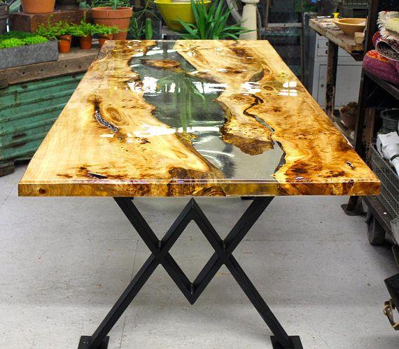 Resin river dining table ad pomys awa pinterest resine transparente peuplier et qu il ait - Protection transparente table bois ...