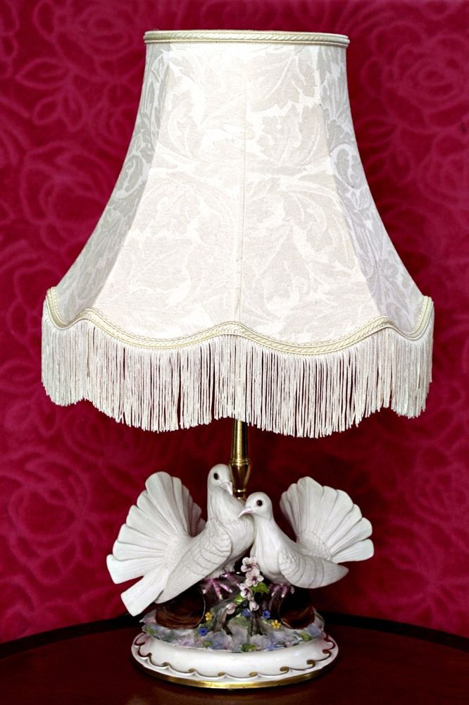 Vintage Capodimonte C Villari Porcelain Figurine Table Lamp Lamps