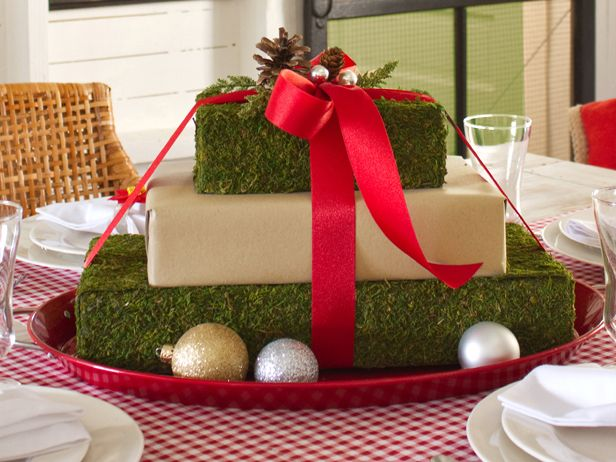 Gift Box Centerpiece Wow Dinner Guests With A Pretty Pile Of Presents In T Christmas Centerpieces Diy Christmas Table Decorations Christmas Centerpieces Cheap