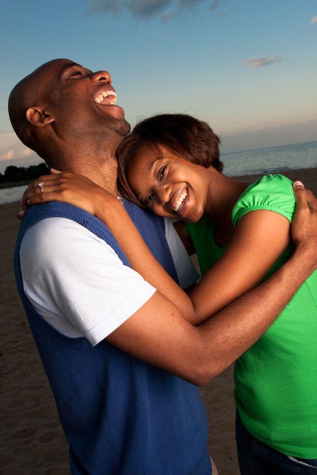 Conquistar e manter um casamento feliz exige esforço e comprometimento de ambos. Veja 15 segredos para você ser feliz e fazer o cônjuge feliz.