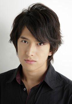 Abe Tsuyoshi.