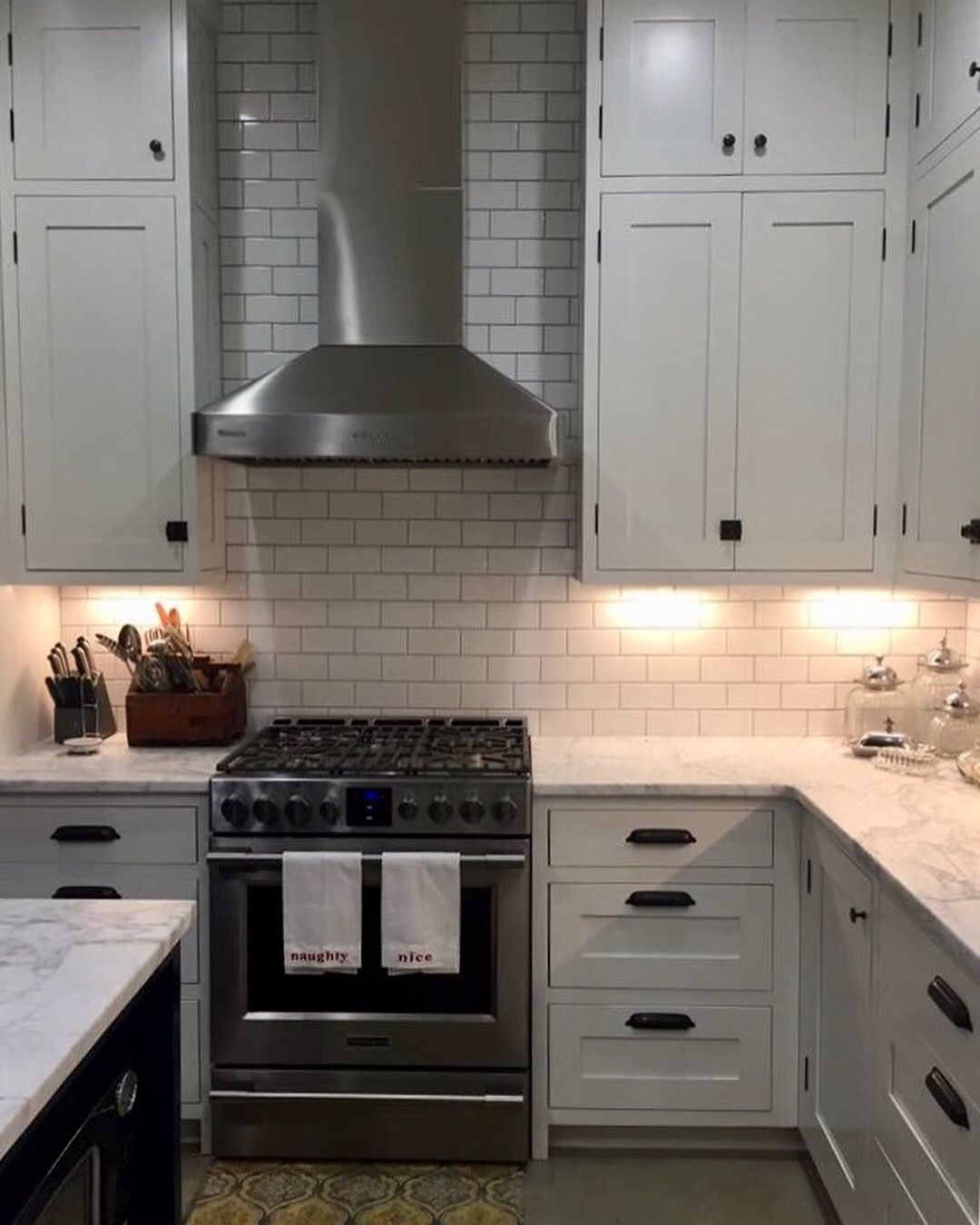 Custom Cabinets Inset Square Panel Shaker Doors With Exposed Hinges Check Out Photo Gallery On Our Site For I Custom Cabinetry Kitchen Kitchen Cupboard Doors