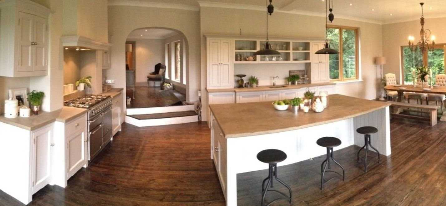 Beautiful kitchen by Yew Tree Designs, as seen on Sarah