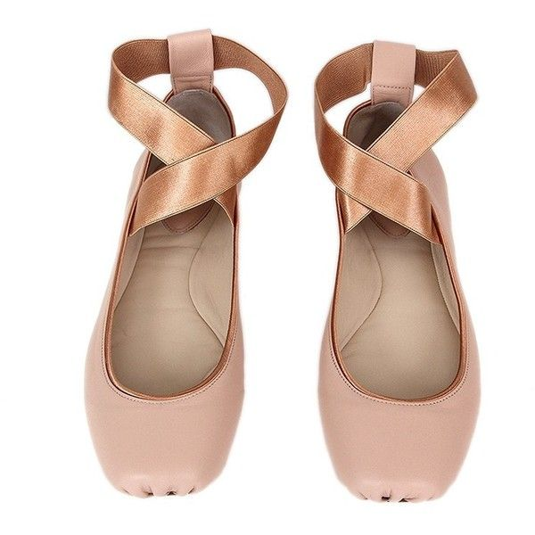 d0fef697b0c851 Chloé Ballerina Flats ❤ liked on Polyvore featuring shoes