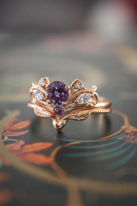 Bridal ring set with alexandrite / Swanlake