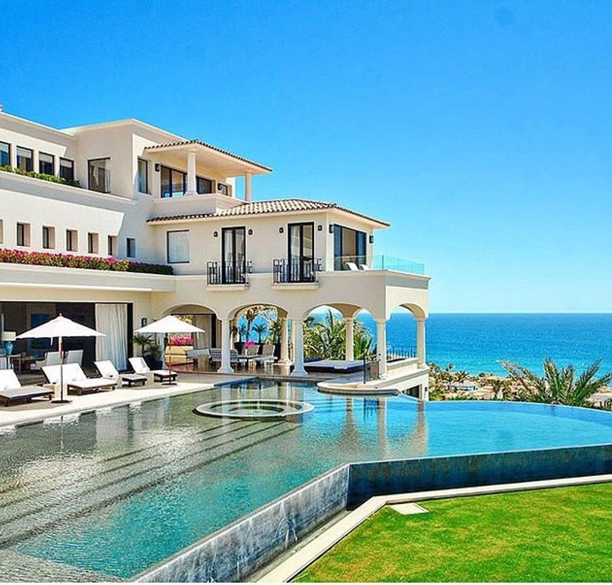 15 Utterly Luxurious Mediterranean Mansion Exterior: Pin By Alexis Reid On Welcome To My Crib