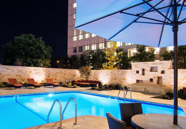 Fairfield Inn Charlotte Uptown   Outdoor Pool And Patio At Night Http://www