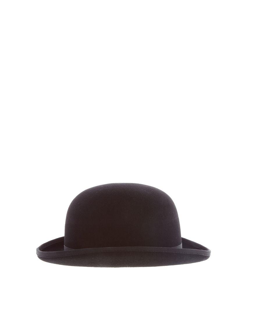 Un bombín es un tipo de sombrero en Peru  dd7afc2e85d