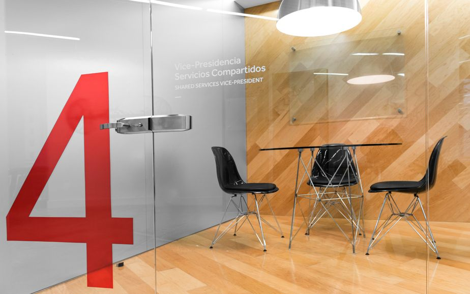 Grauforz branding corporate interior anagrama 01 for Office design expo