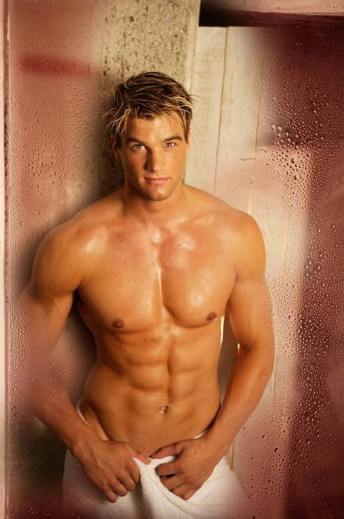Pictures of hot blonde guys — img 2