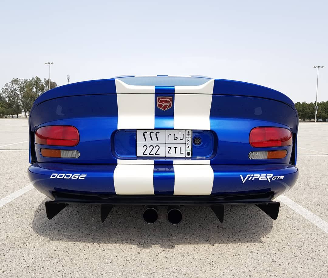 Project Dodge Viper Gts Gen Ii 1997 Finally Repaint The Car To The Iconic Oem Blue Pearl With Painted White Viper Gts Dodge Viper Gts Dodge Viper