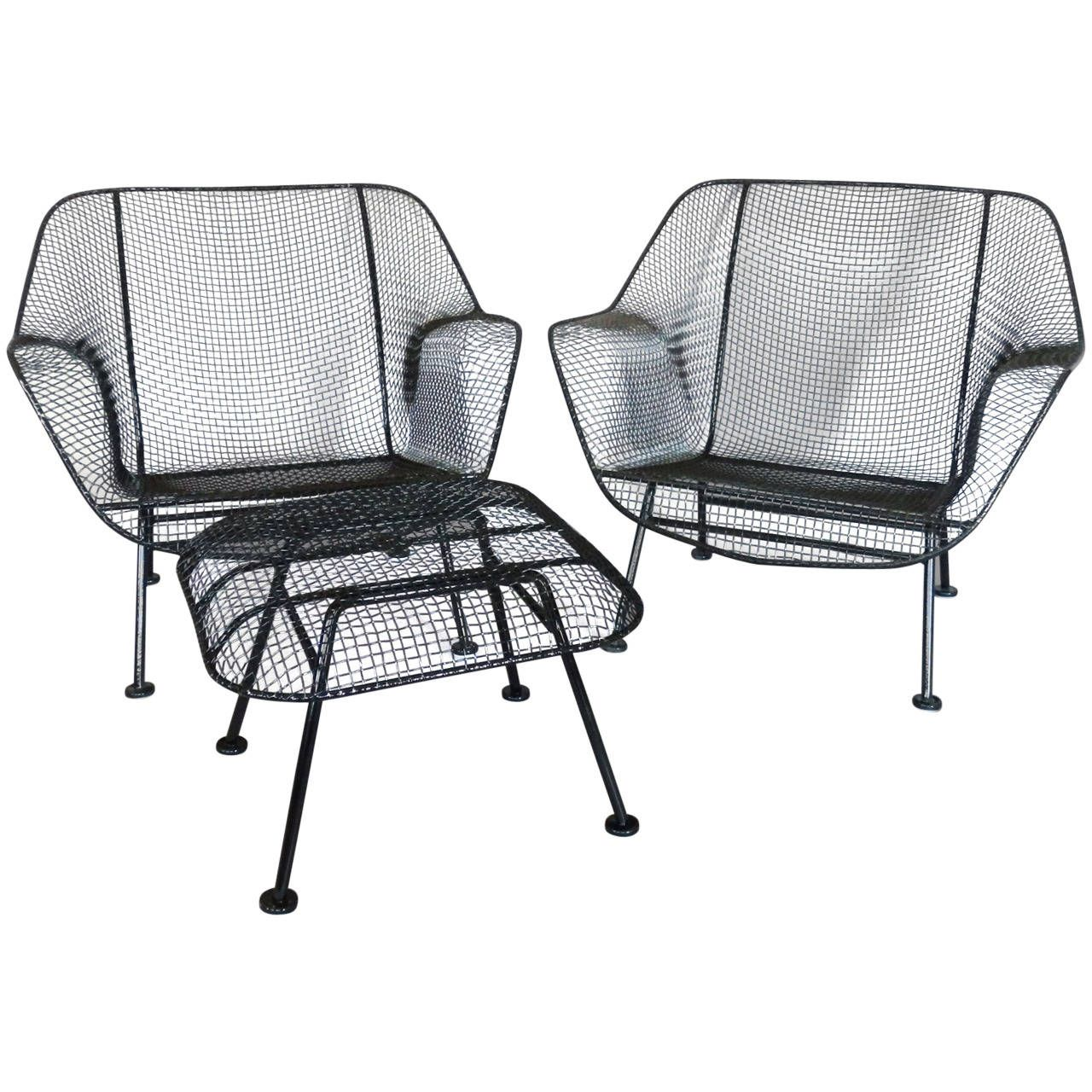 pair of woodard wrought iron with mesh lounge chairs   lounge