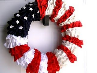 Fourth of July ruffled wreath @bedifferentactnormal